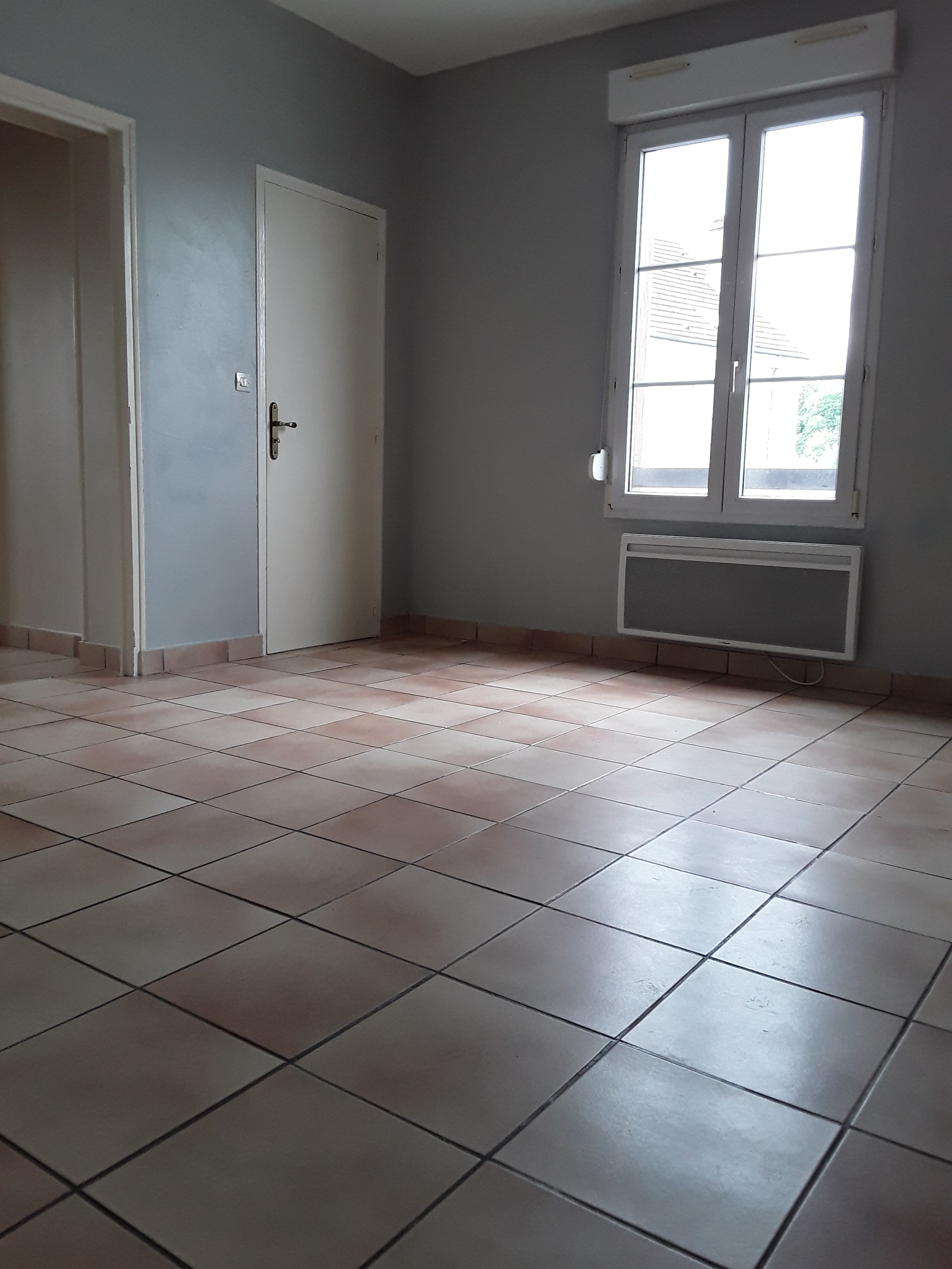 Damonte LOCATION APPARTEMENT T2 CHALONS EN CHAMPAGNE G106