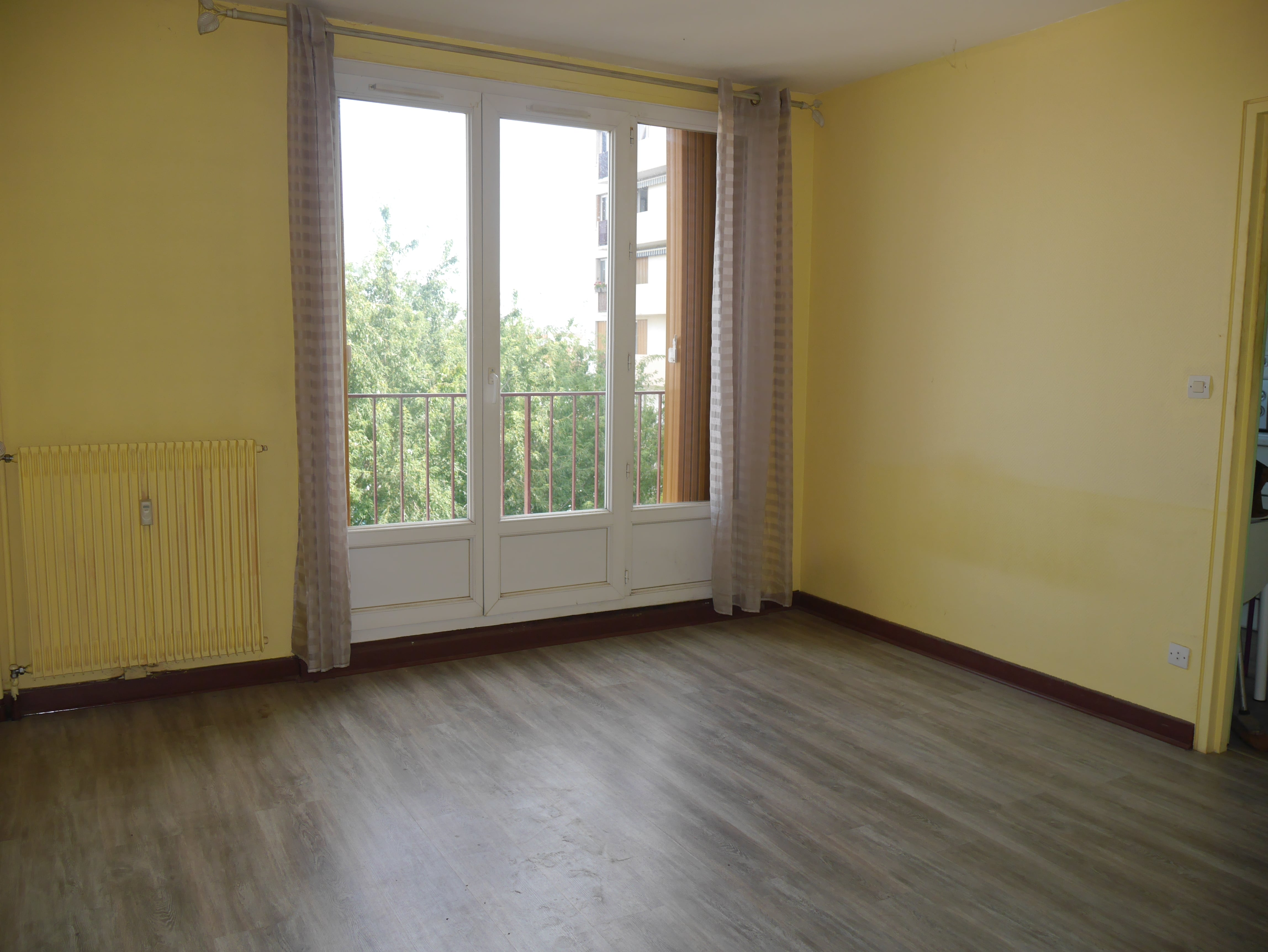 Damonte LOCATION APPARTEMENT T1 CHALONS EN CHAMPAGNE G665